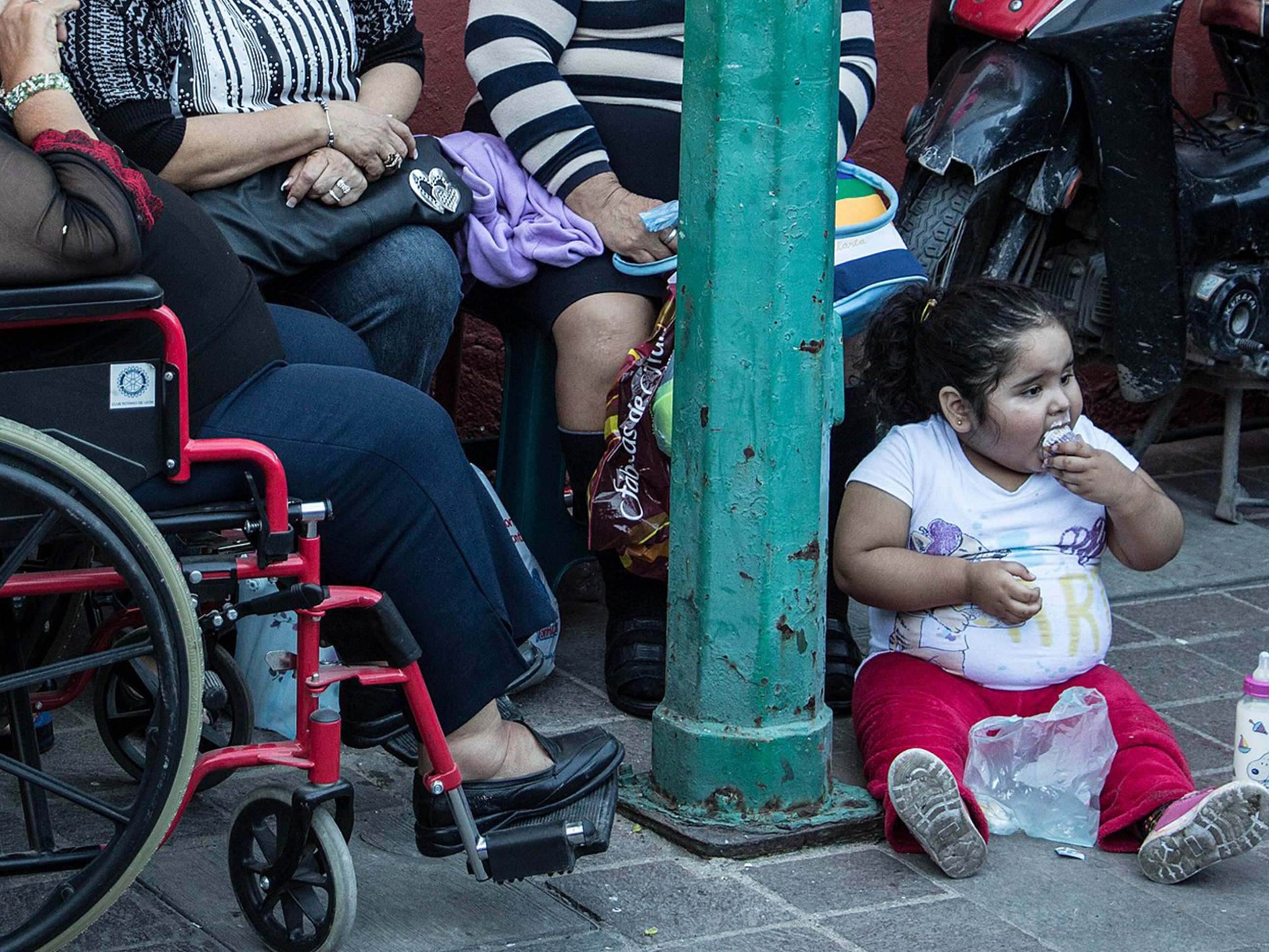 Thirty-three percent of the children in Mexico and thirty-four of adolescents between 5 and 19 years of age are overweight or obese. Photo: Wikipedia