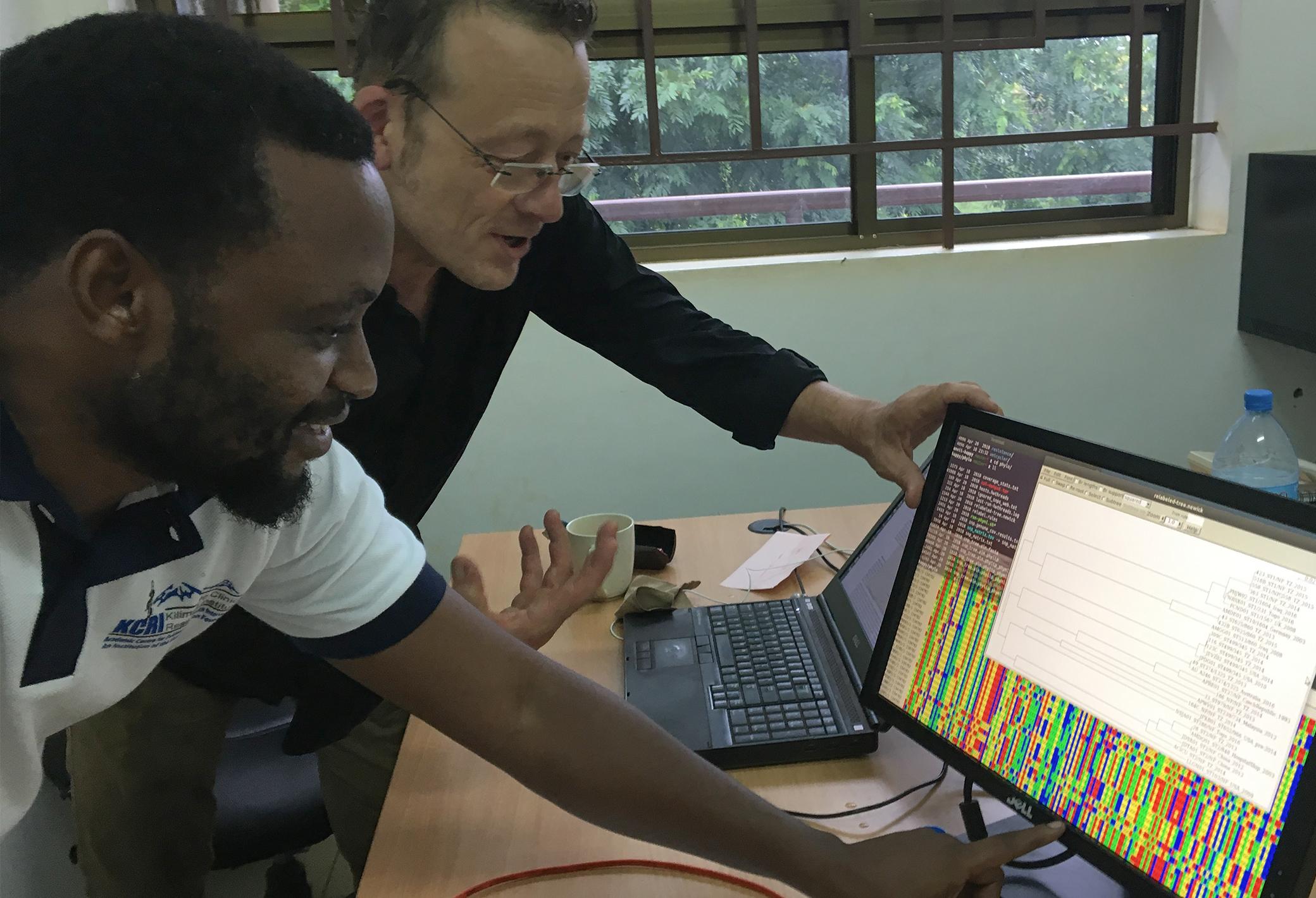 Sonda with Marco van Zwetselaar, studying whole genome sequencing data