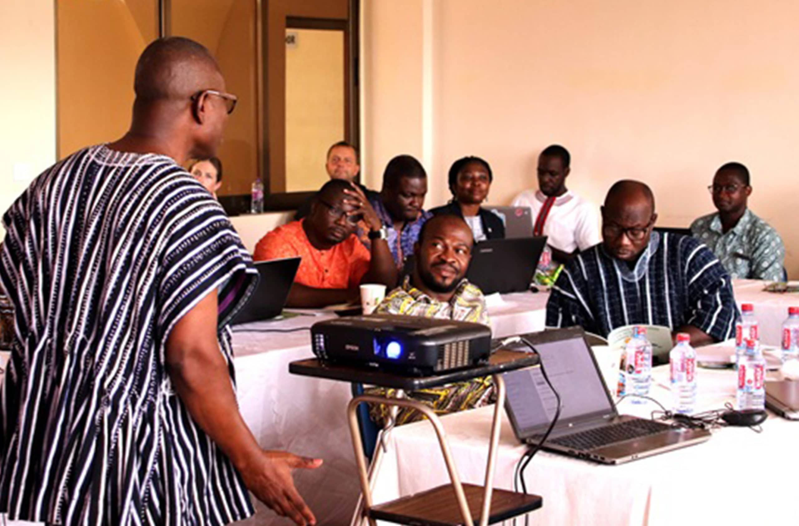 Journalist Emmanuel K. Dogbevi gave a presentation to the researchers.
